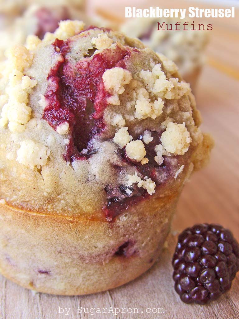 Blackberry Streusel Muffins