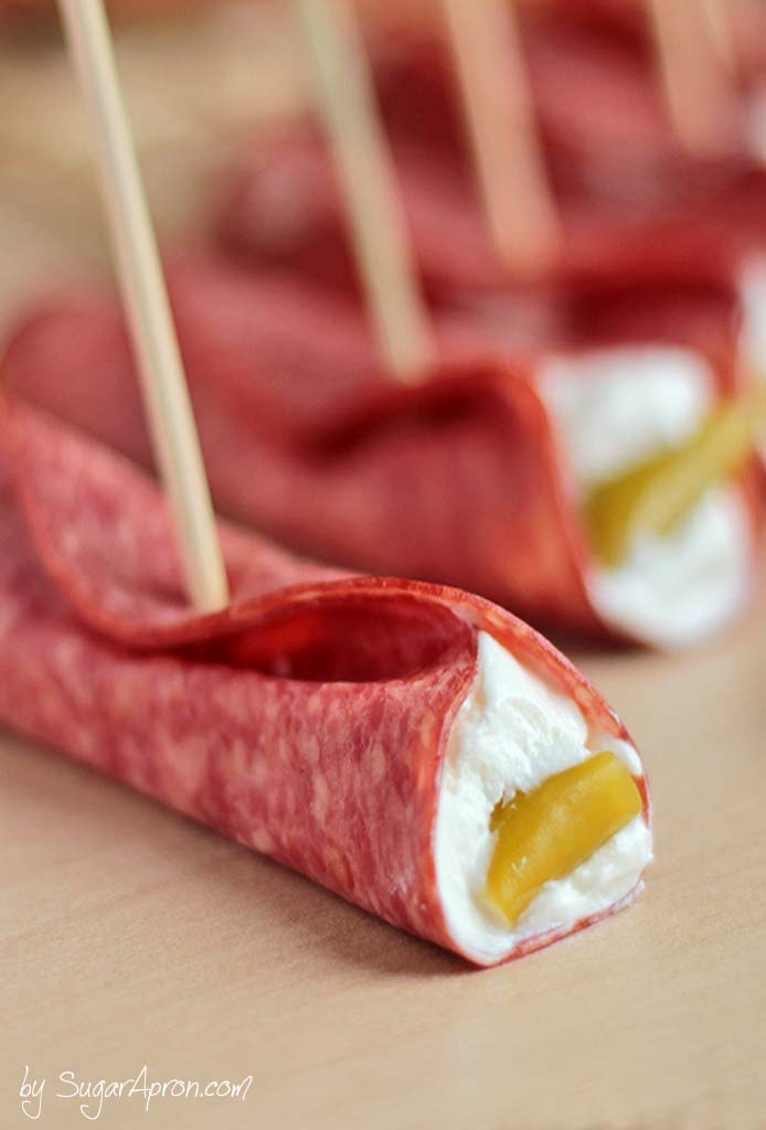Looking to host a great Sunday football or the Super Bowl party? Try this easy recipe to satisfy their hunger between quarters. #appetizer #salami #superbowl
