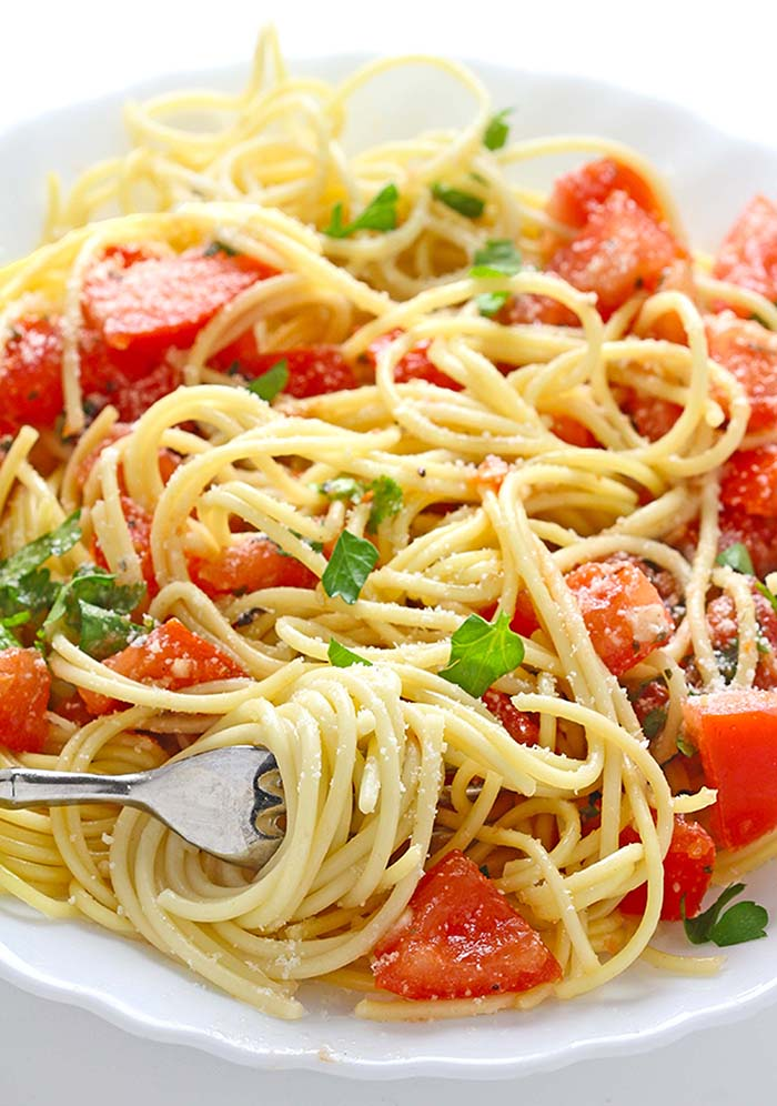 Sometimes you just want something simple for dinner, and this Pasta with Fresh Tomato Sauce is about as simple as it gets.