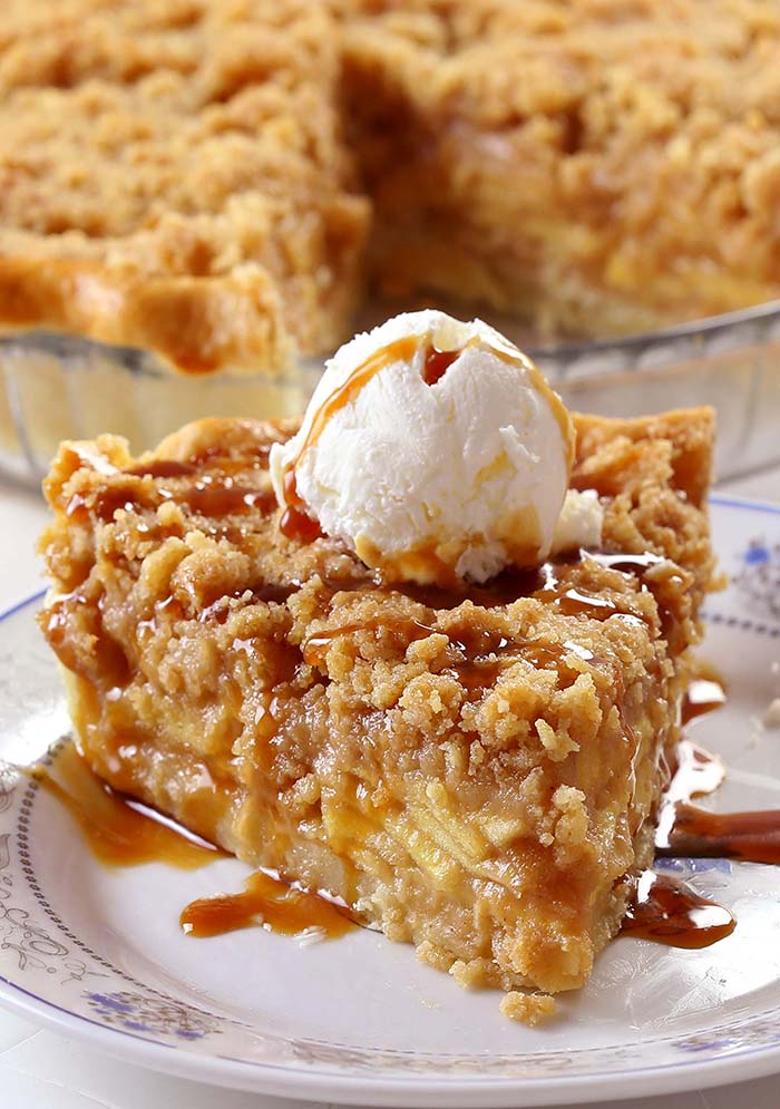 Dutch Caramel Apple Pie Sugar Apron
